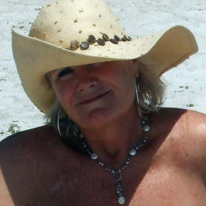 Go to Carlyn Bullock's profile