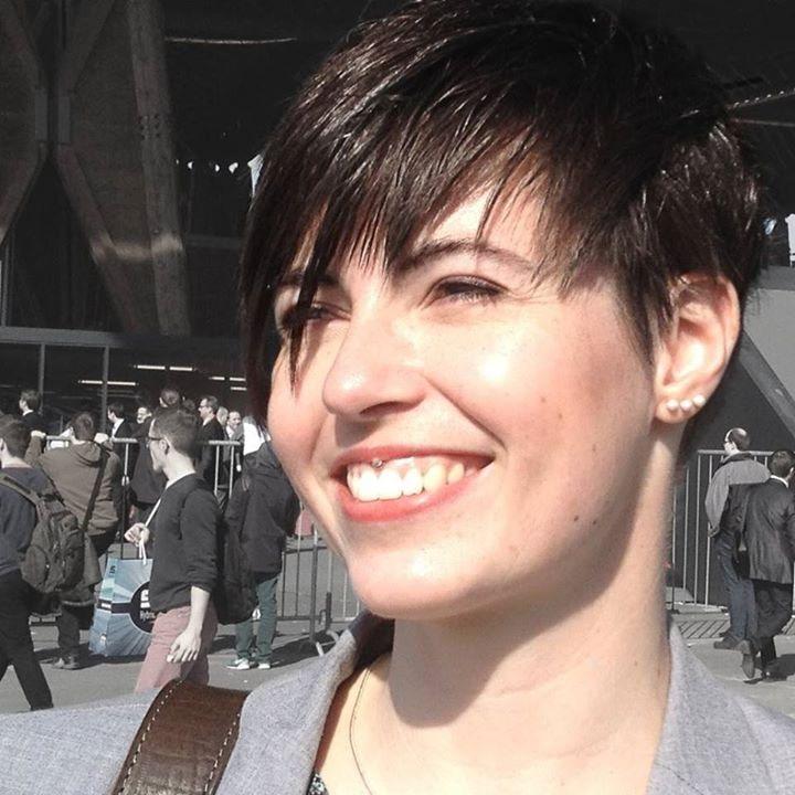 Go to Nadine Schmelter's profile