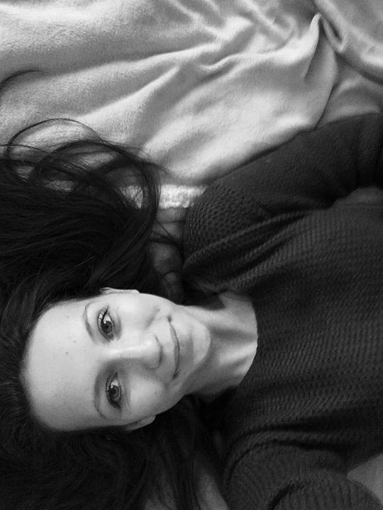 Go to Arianna Pintér's profile