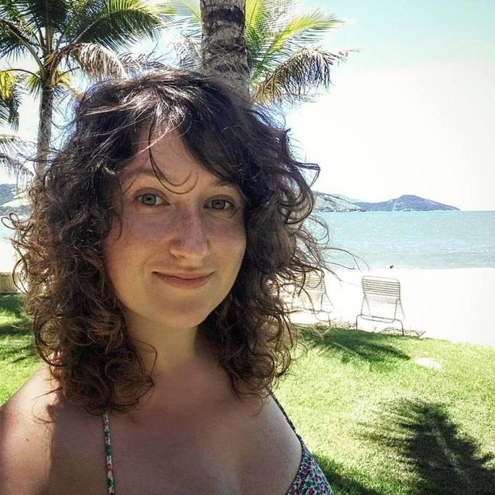 Go to Laetitia Laborie's profile