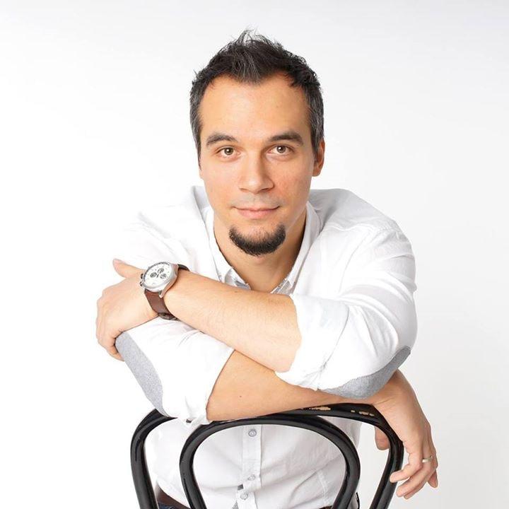 Go to Piotr Jastrzębski's profile