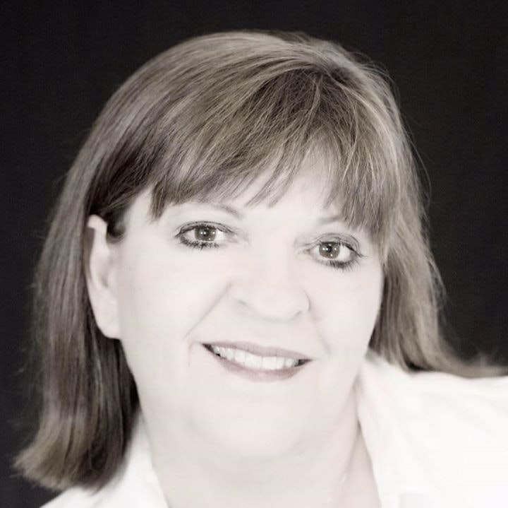 Avatar of user Nancy Himmerich