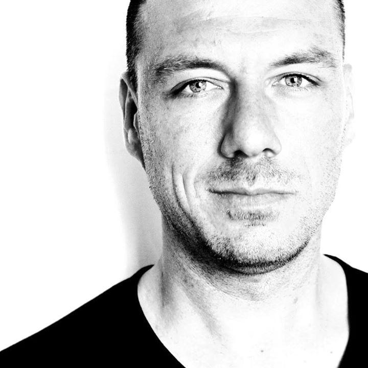 Avatar of user Julien Sarazin