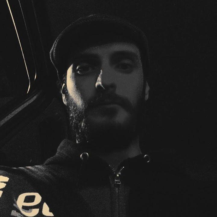Go to Lorenço Gonzaga's profile