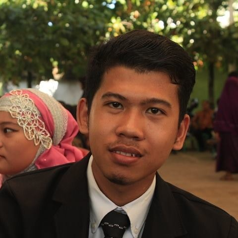 Avatar of user Rusli Hidayat