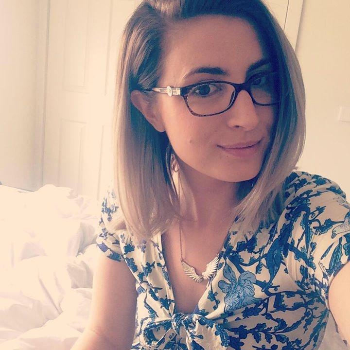 Go to Eve Mizzi's profile