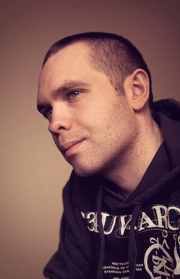 Go to Nikolay Vdovichenko's profile