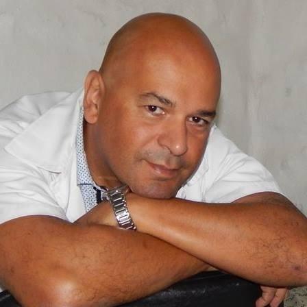 Go to Ernesto Velázquez's profile
