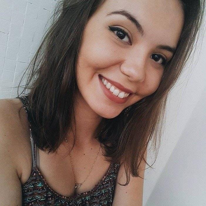 Go to Fernanda Cabral's profile