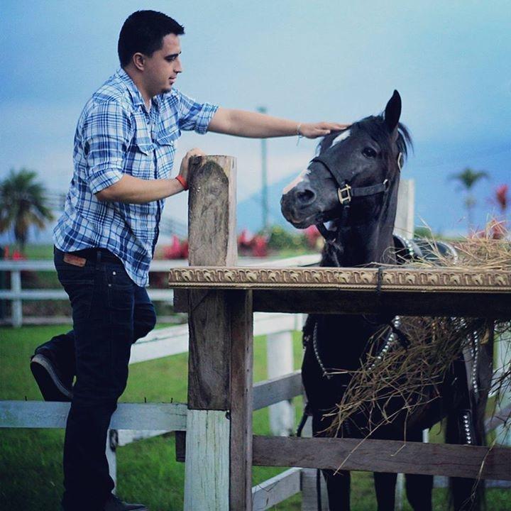 Go to Guillermo Nolasco's profile