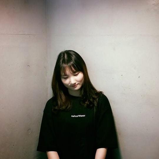 Go to 예솔 원's profile
