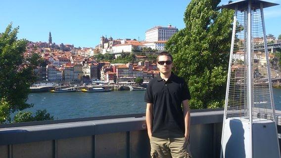 Go to Henrique Andrade's profile