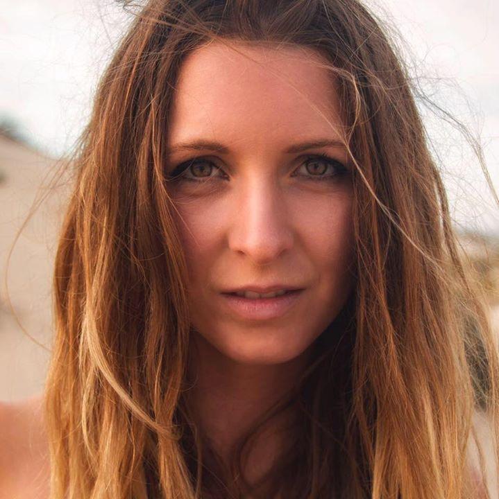 Go to Julia Bauscher's profile