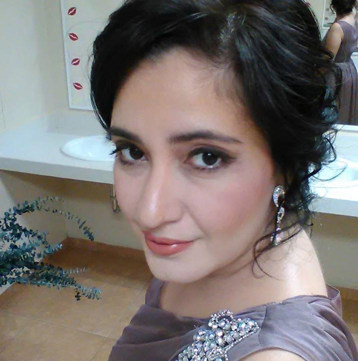 Go to Evelyn Hüllinghorst's profile