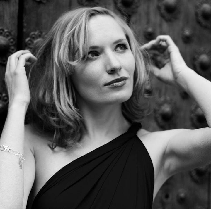 Go to Yana Lizunkova's profile