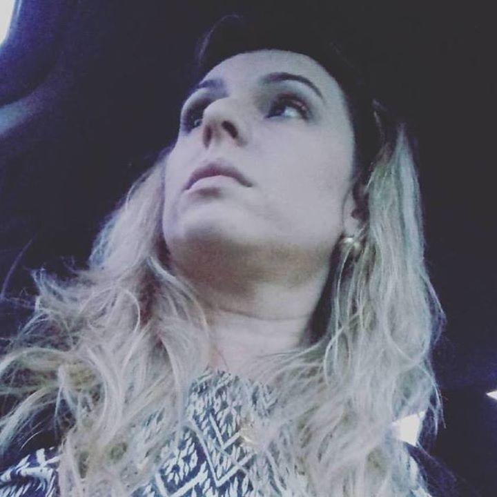 Go to Andrea Marcondes's profile