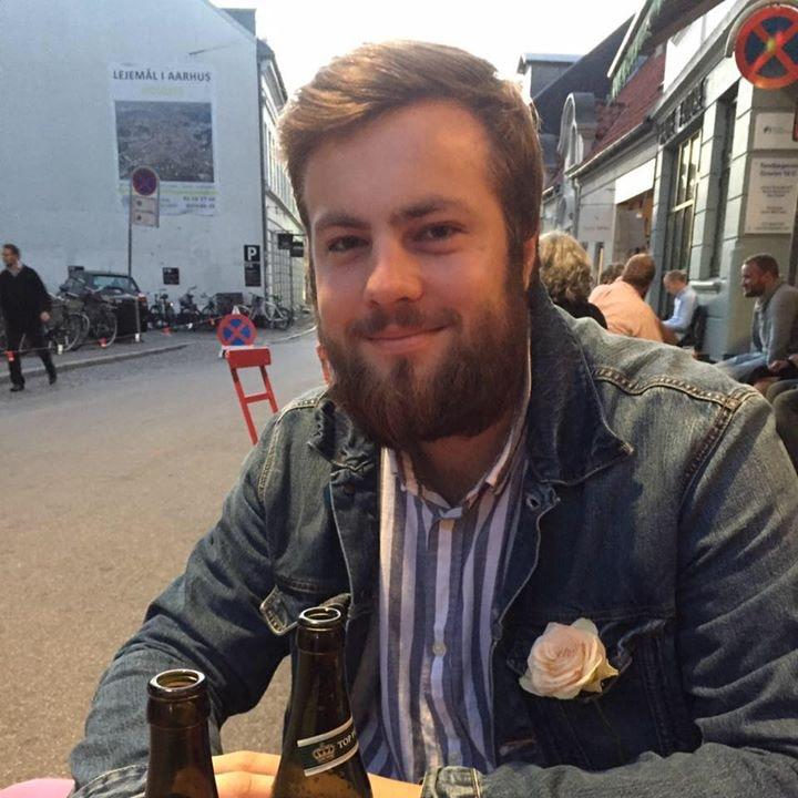 Go to Christoffer Damkær's profile