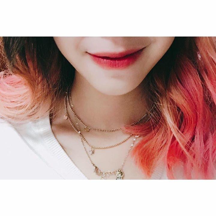 Go to Thư Hoàng's profile