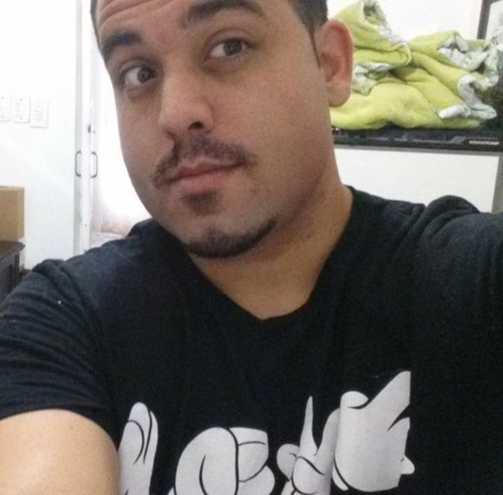 Go to Eduardo Moscatelli's profile