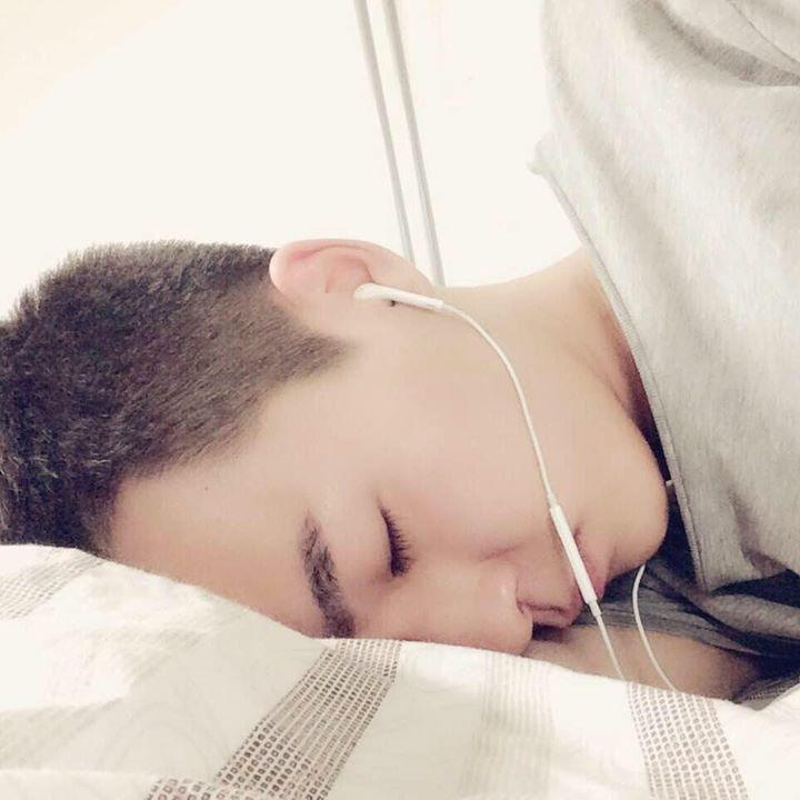 Go to Yuchen Liu's profile