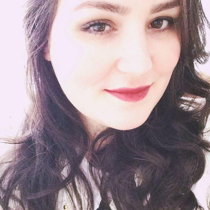 Go to Débora Cristina's profile
