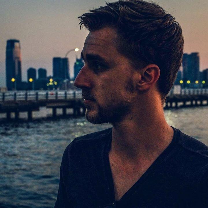 Go to Adrien Casanova's profile