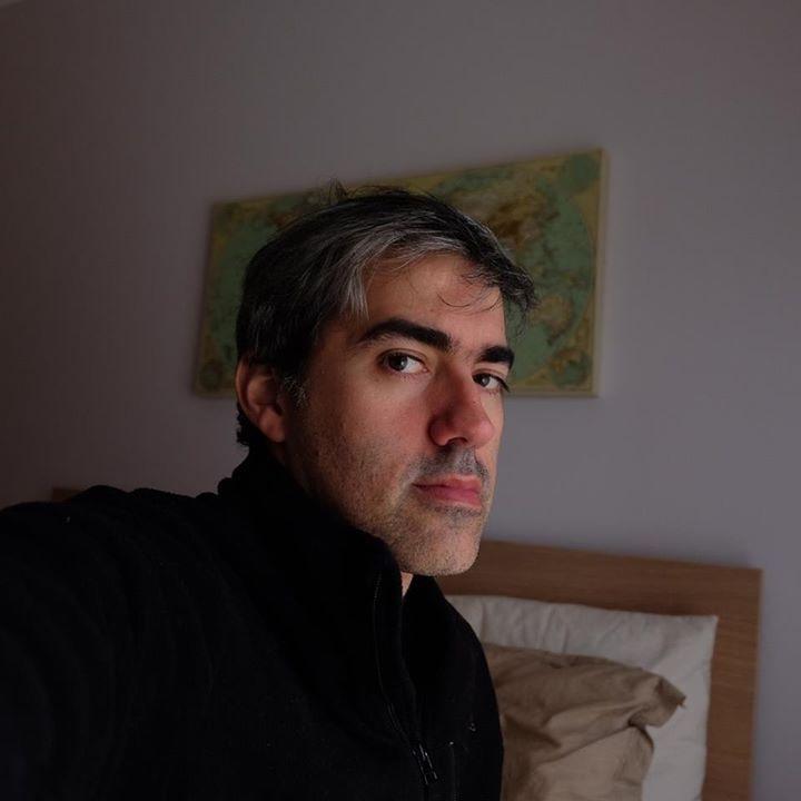 Avatar of user Flavio Amiel