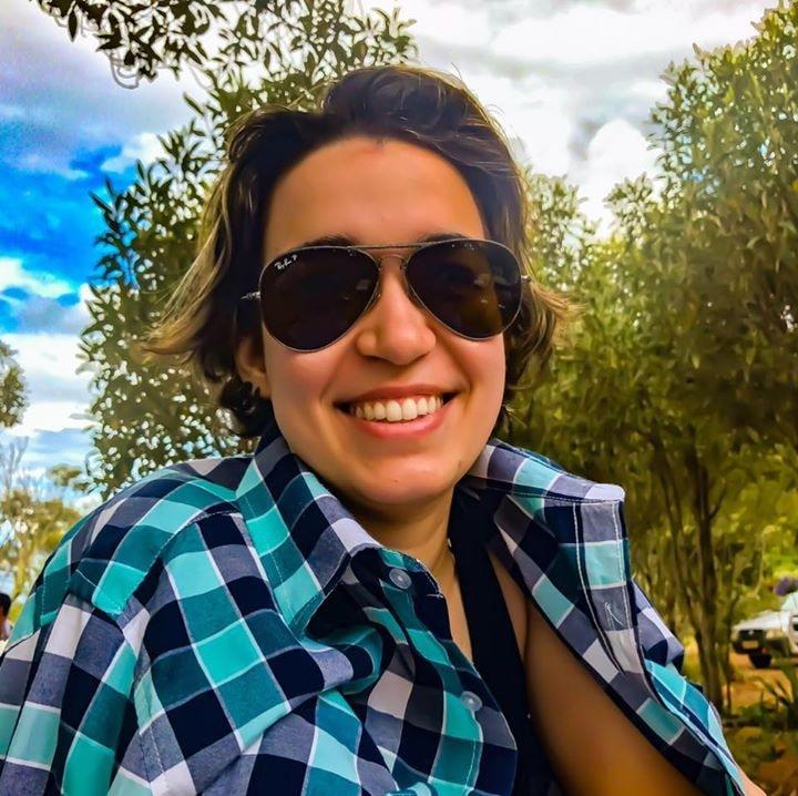 Go to Vitoria Moret's profile