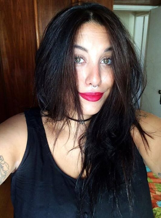 Go to Nathália Rosental's profile