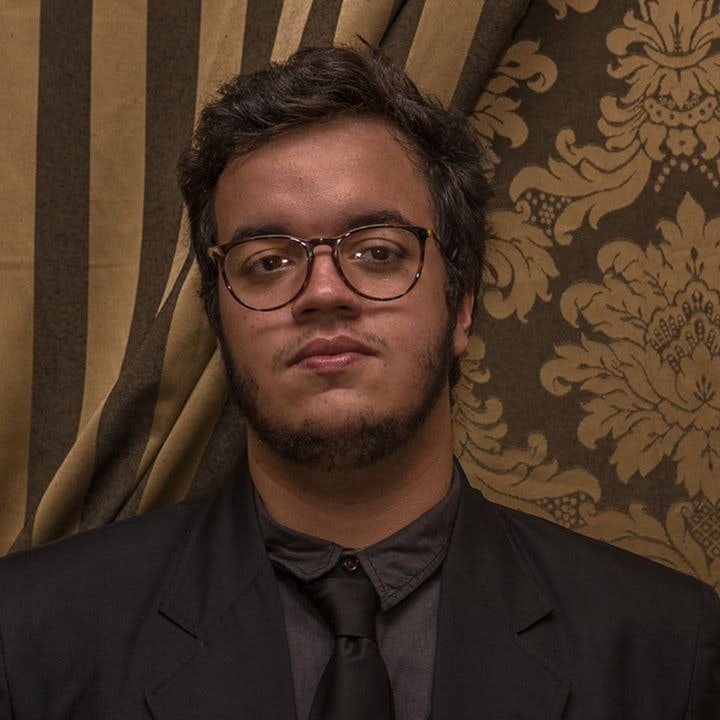 Go to Eduardo  Lopes Oliveira's profile