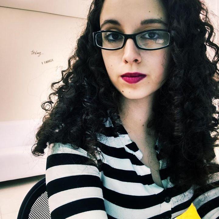 Go to Vitória Garcia's profile