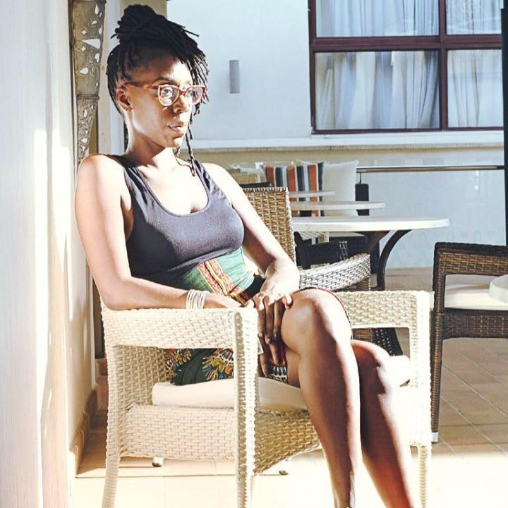 Go to Mouna Lobe's profile