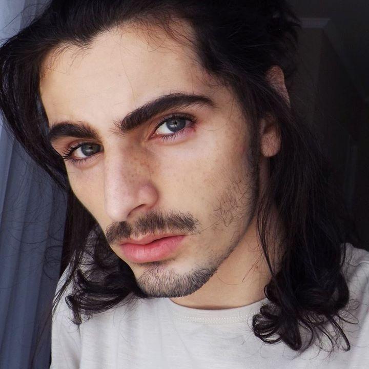 Go to Leonardo Carmo's profile