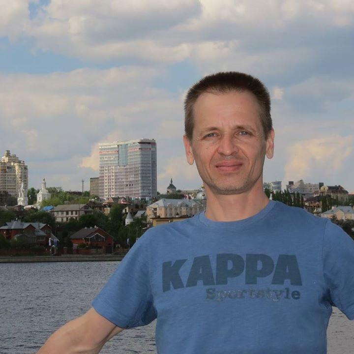 Go to Анатолий Головченко's profile