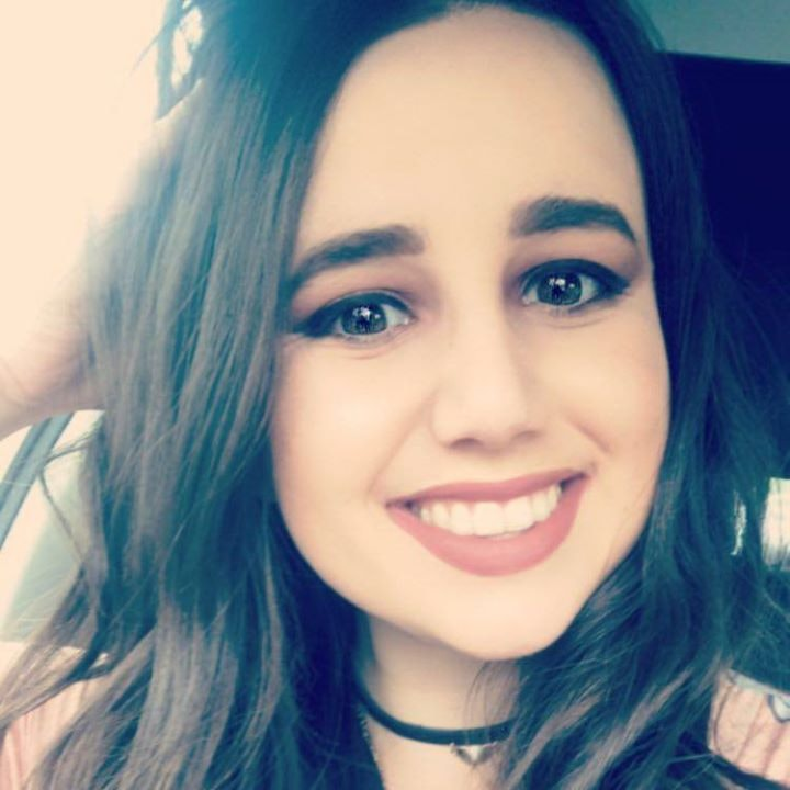 Go to Lindsay Burgor's profile