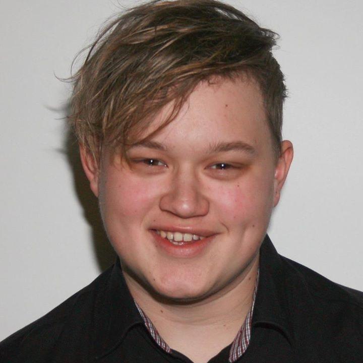 Go to Jesper Momme's profile