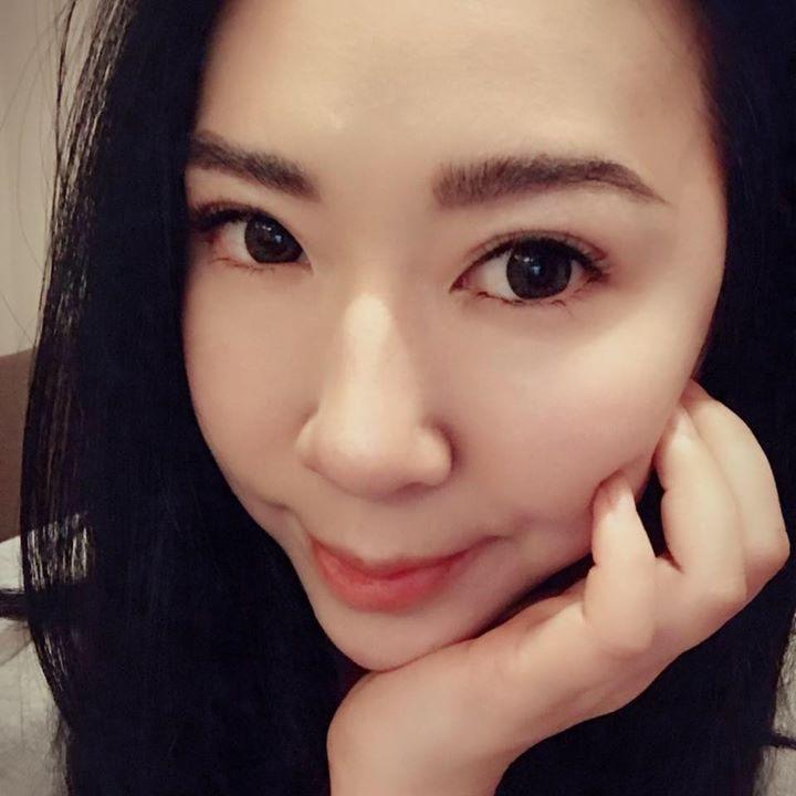 Go to Nicole Wang's profile