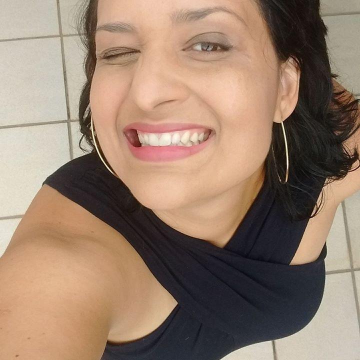Go to Criscia correa's profile