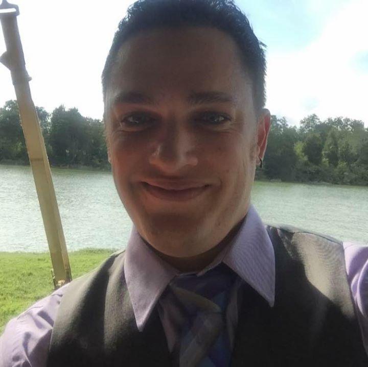 Go to Chris DeCew's profile