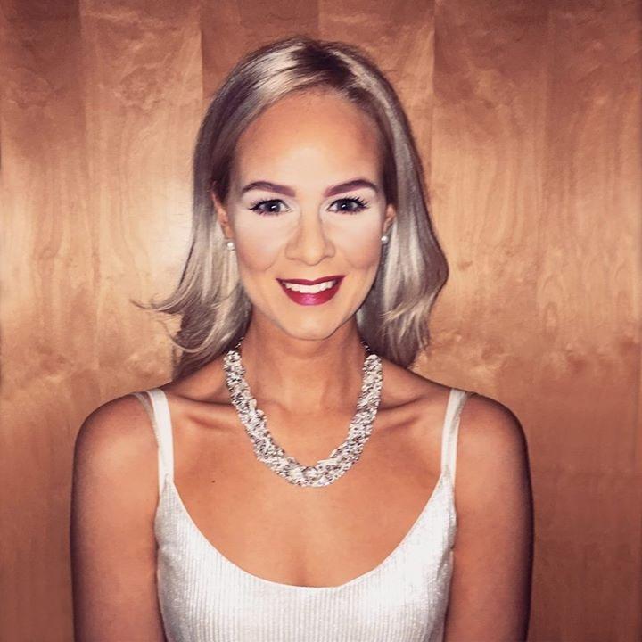 Go to margret Karlsdóttir's profile