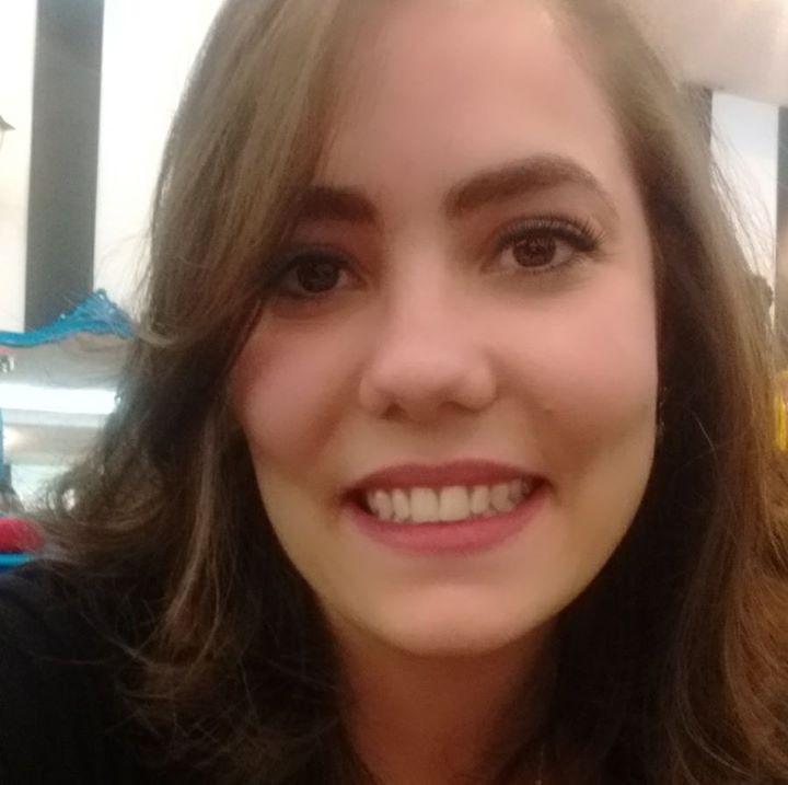 Avatar of user Carolina Bonito
