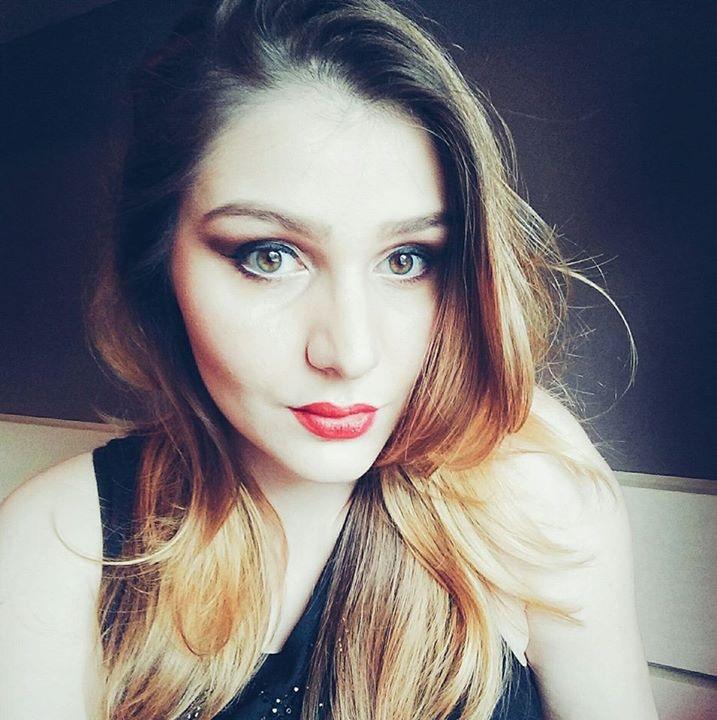 Go to Camila Chisini's profile