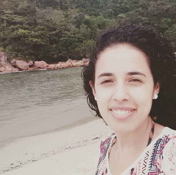 Go to Fernanda Santos's profile