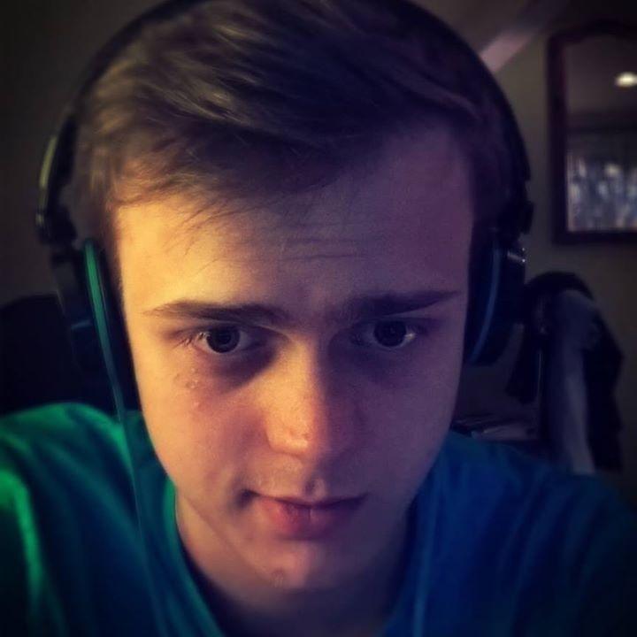 Go to Grzegorz Mrozek's profile