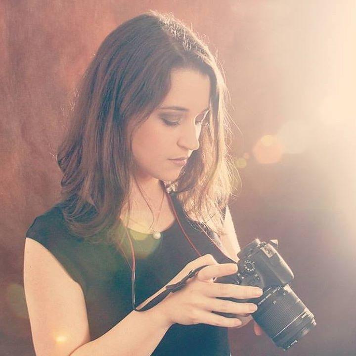 Go to Natália Viana's profile