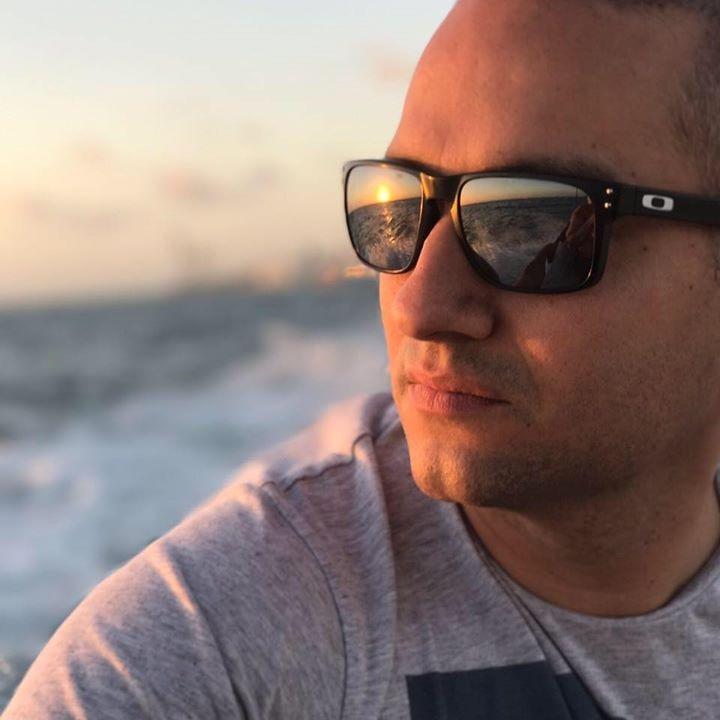 Go to Luis E Gonzalez's profile
