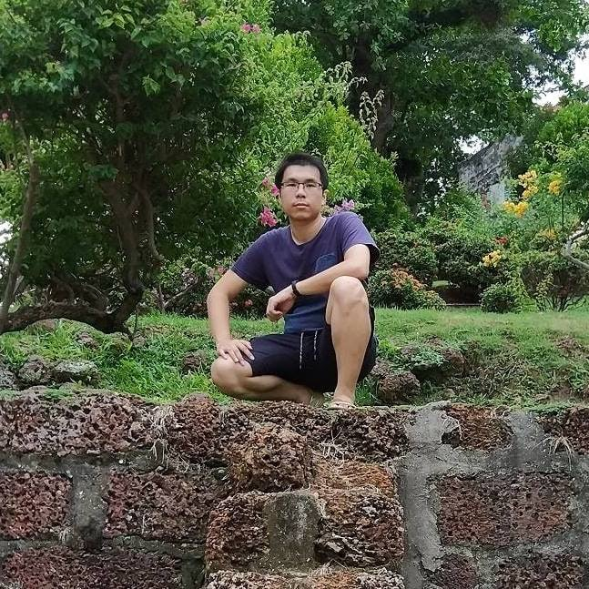 Go to Calwaen Liew's profile