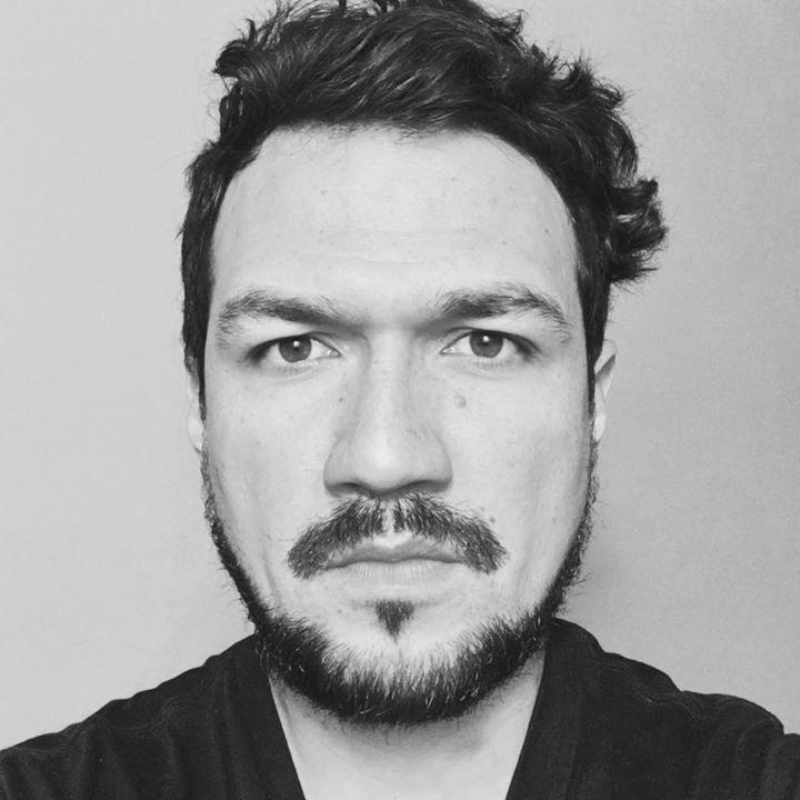 Go to Néstor Morales's profile
