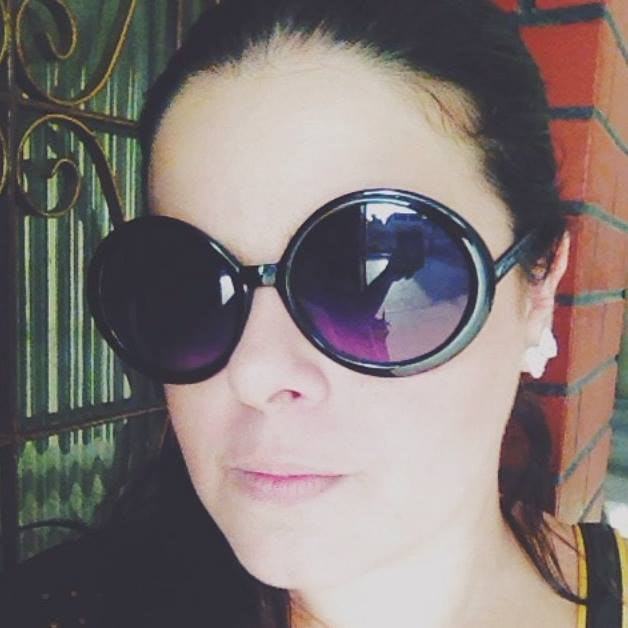 Go to Mariana Mello's profile