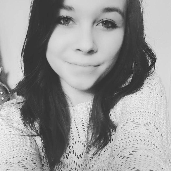Go to Vivien Summer's profile